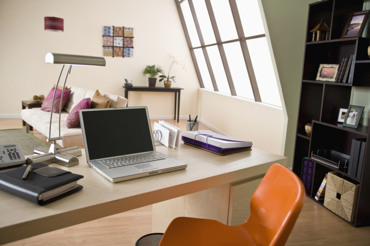 Salomon issa tafich¿Cómo organizar tu oficina en casa?